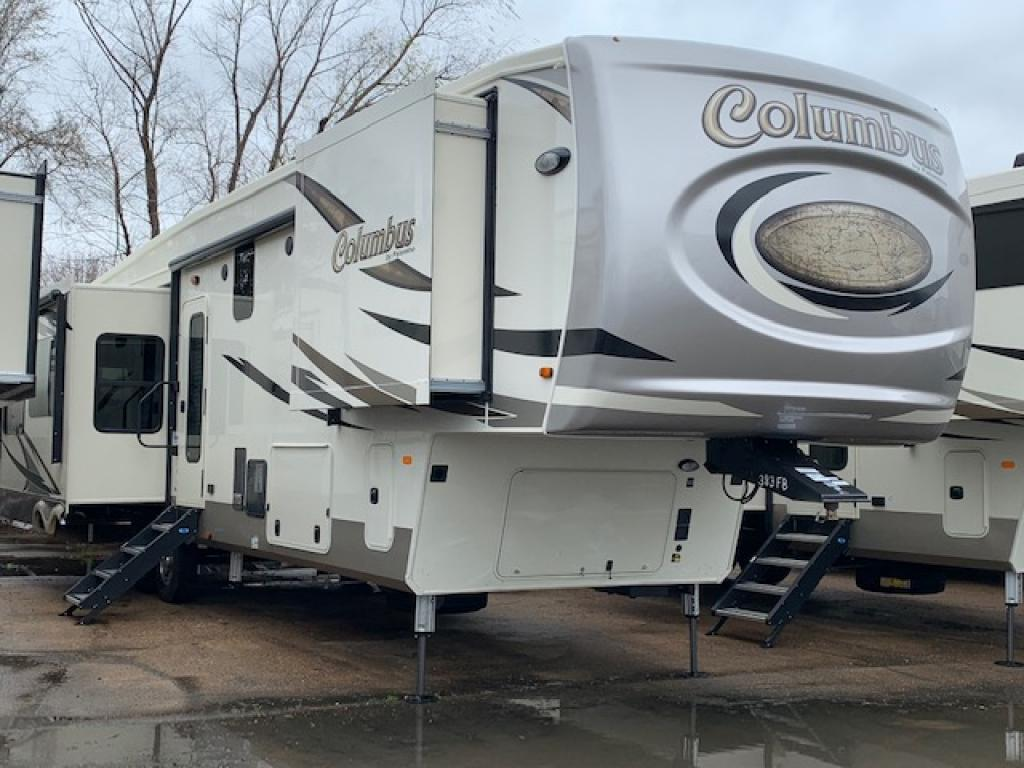 NEW 2019 Palomino Columbus 383FB - Bayou Outdoor Supercenter
