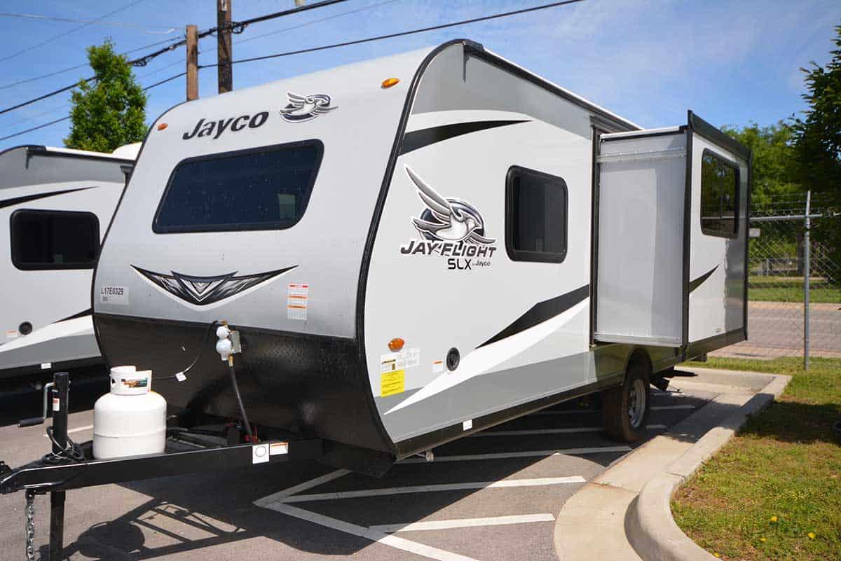NEW 2020 Jayco Jay Flight SLX 183 RB 183RB - Camperland of Oklahoma