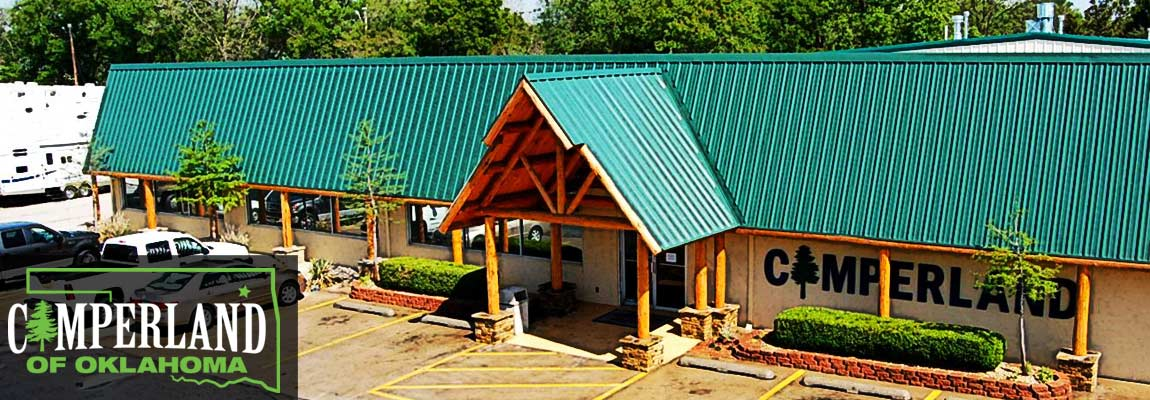 Drone photo showing Camperland of Oklahoma building and parking lot.