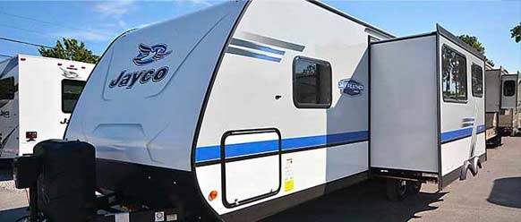 Photo of Jay Feather travel trailer.