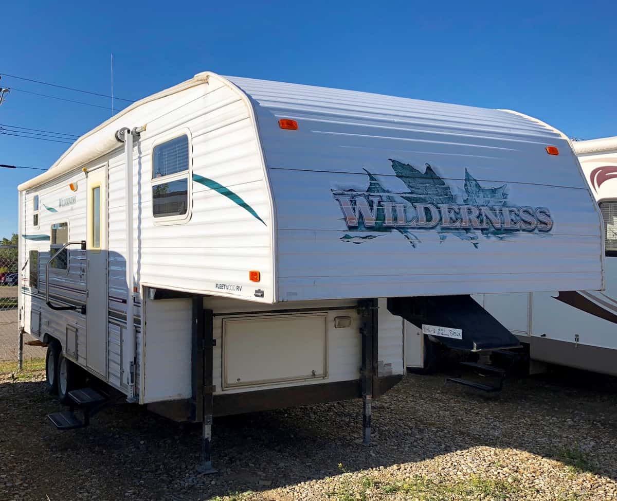 Trailers For Sale Calgary >> Alberta Clearance Camper Sales Discount Rv Dealer