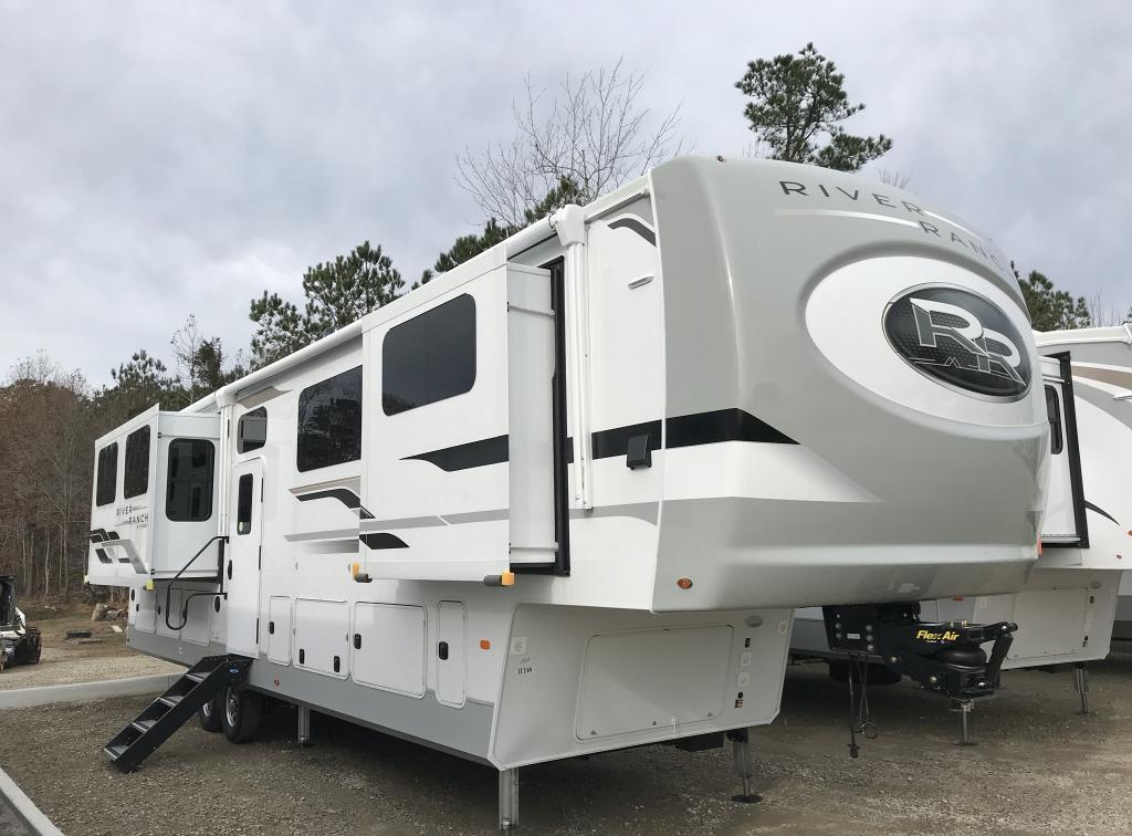 2021 Palomino River Ranch 390RL - Coastal RV