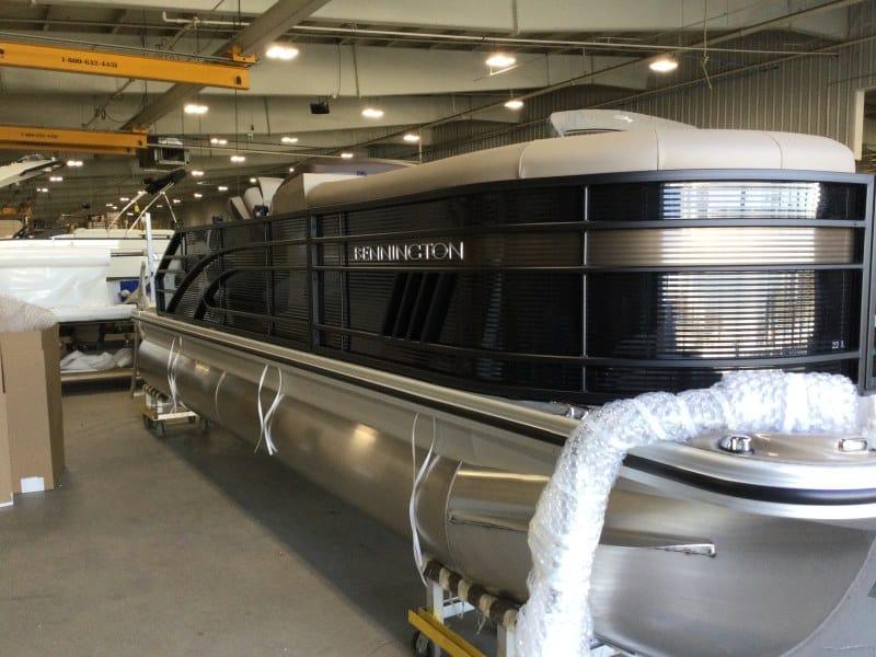 NEW 2021 Bennington 22 LSB - Hutchinson's Boat Works