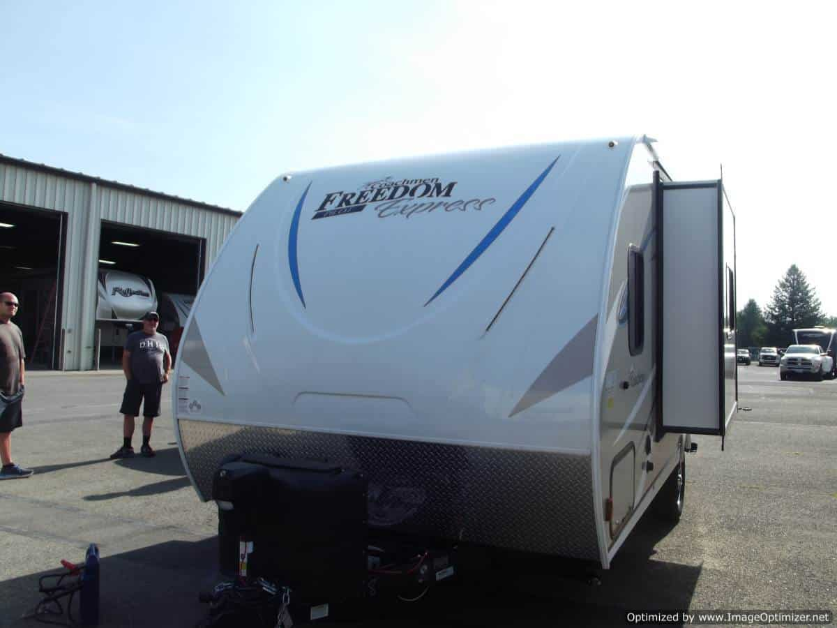 Travel Trailers For sale | New & Used RV Dealer