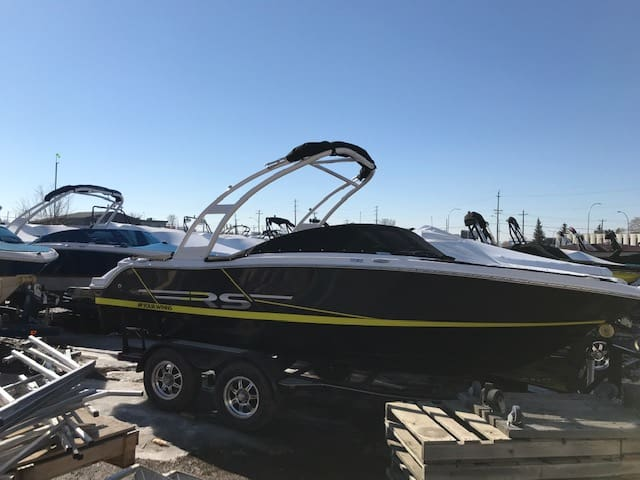 Four Winns Boats | Calgary Boat Sales | Renfrew Marine