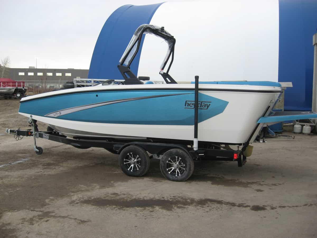 Heyday wake Boats | Calgary Boat Sales | Renfrew Marine