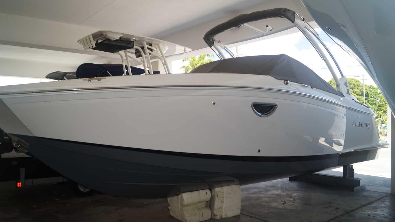 NEW 2019 Cobalt 25 SC - Sara Bay Marina