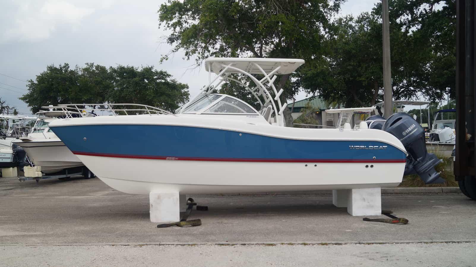 NEW 2020 World Cat 255 Dual Console - Sara Bay Marina