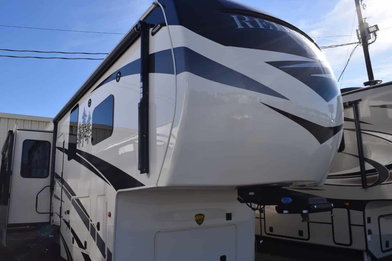 NEW 2019 Crossroads REDWOOD 3401RL - Three Way Campers