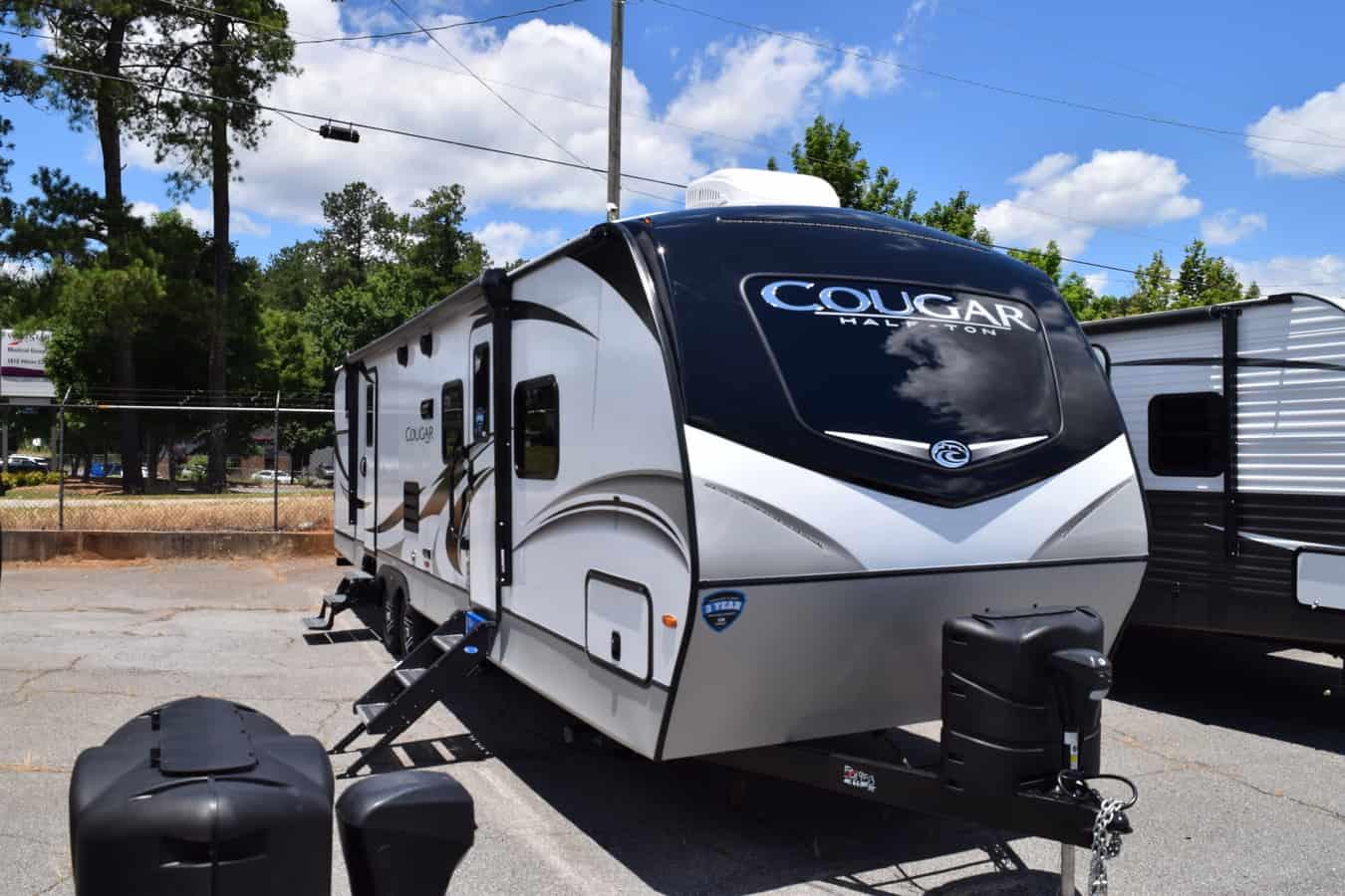 NEW 2020 Keystone COUGAR HALF-TON 32RDB - Three Way Campers